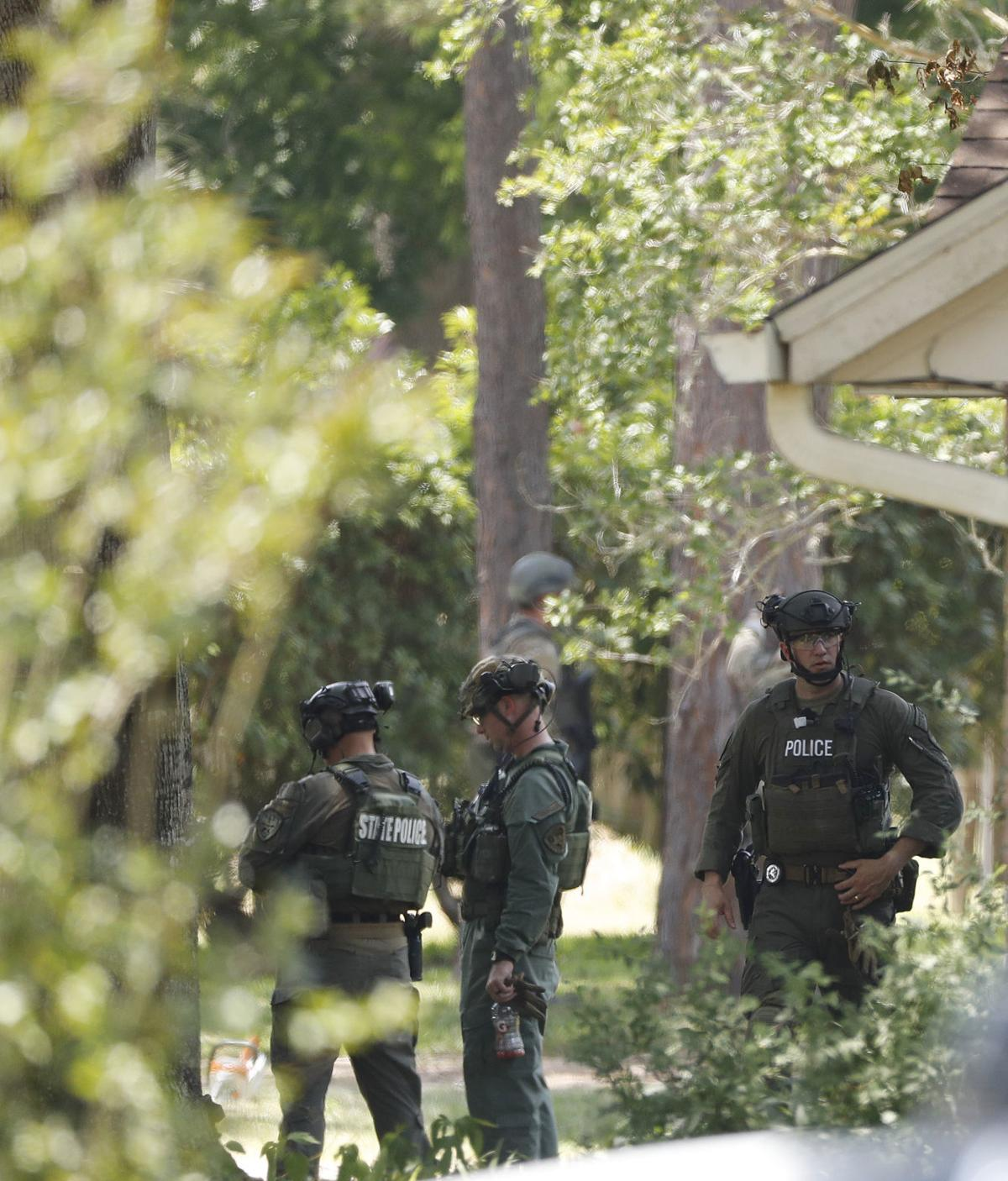 Santa Fe News >> Police Find Explosive Devices At Alvin House And In Santa Fe School