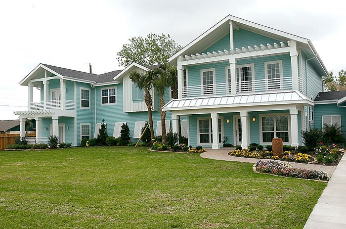 "Beach family puts house built by ""Extreme Makeover"" up for sale"