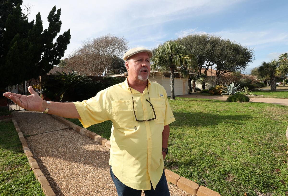 Adler Circle bans STRs