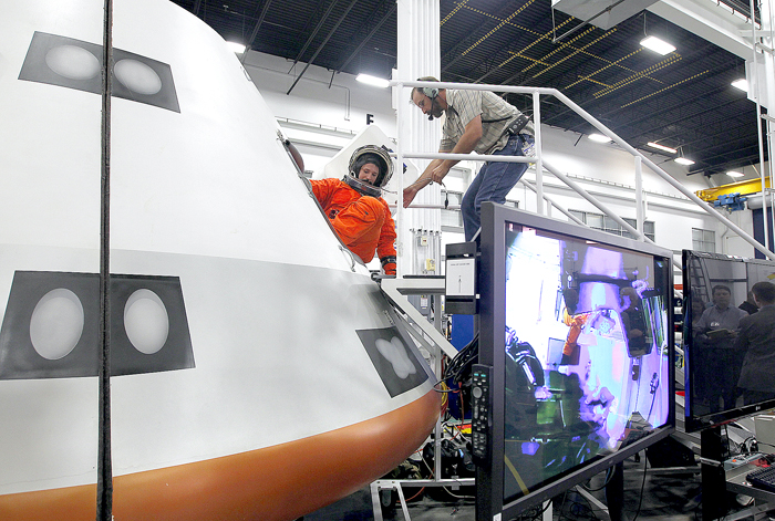 Boeing showcases its commercial space capsule