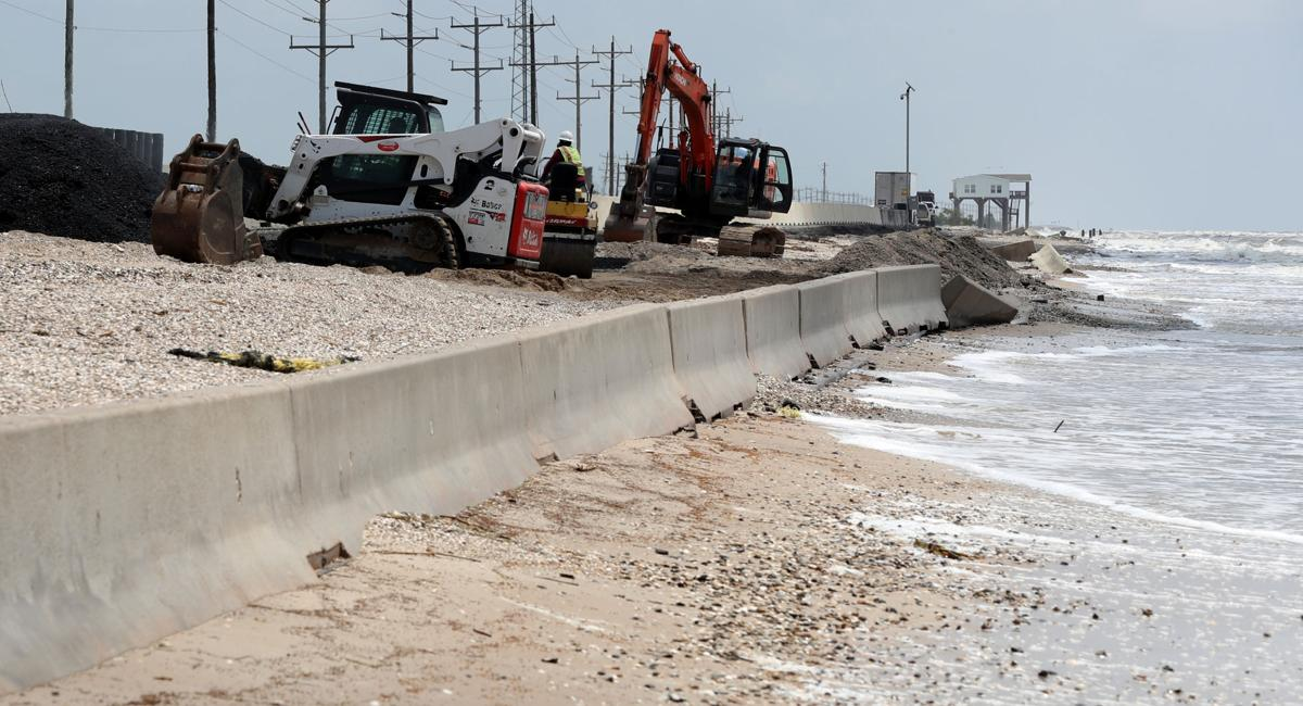Lack of dunes puts Hwy 87 at risk