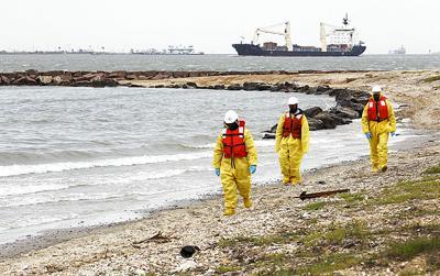 Galveston Bay oil spill cleanup