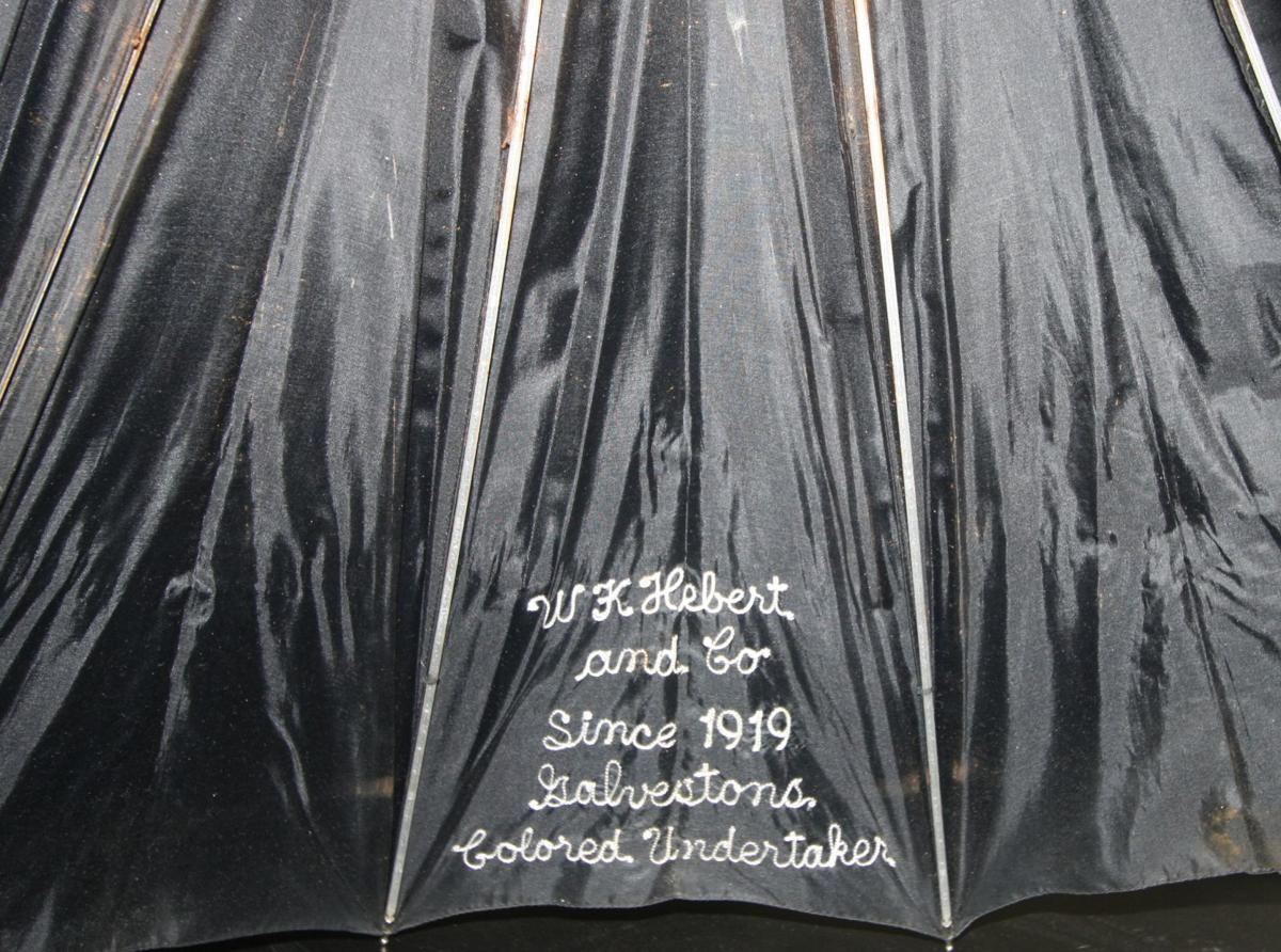 Undertaker's umbrella