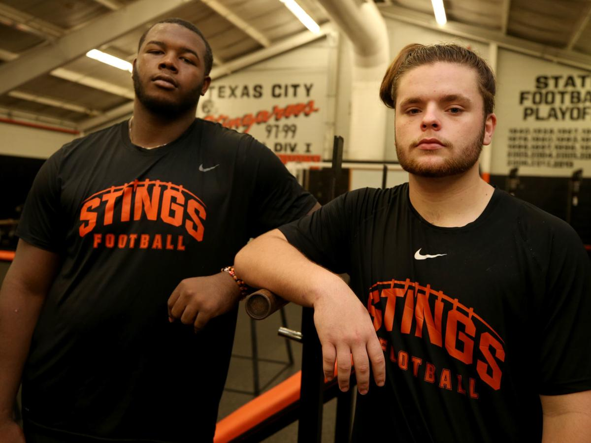 With strong O-line bond, Texas City seniors lead by example