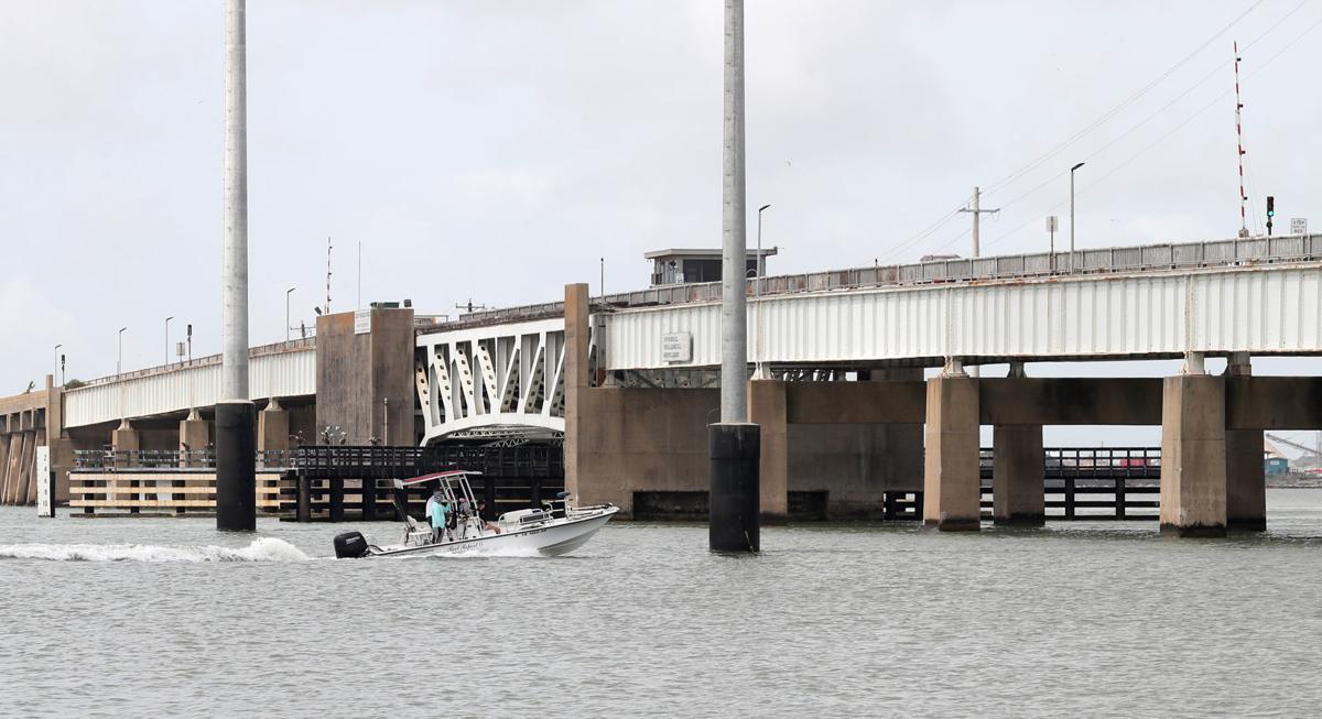 Pelican Island bridge