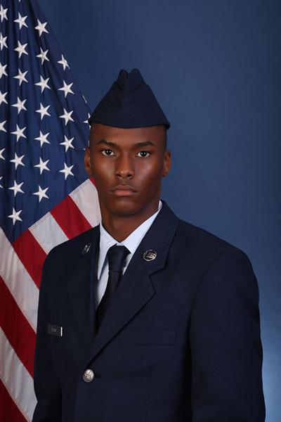 Staffon D. Isaac Jr. graduates from basic training
