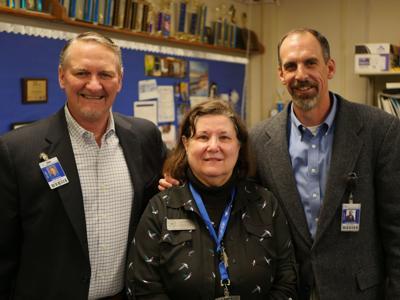 Annette Walter wins UIL Sponsor Excellence Award
