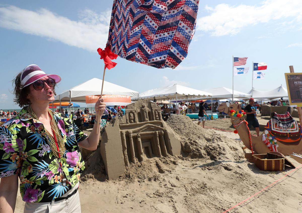32nd Annual AIA Sandcastle Competition
