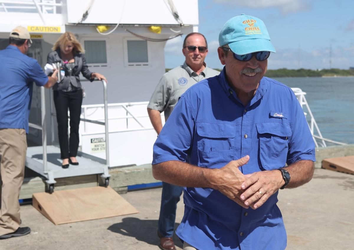 Legislative boat tour