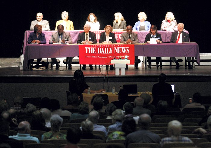 Council candidates attend forum