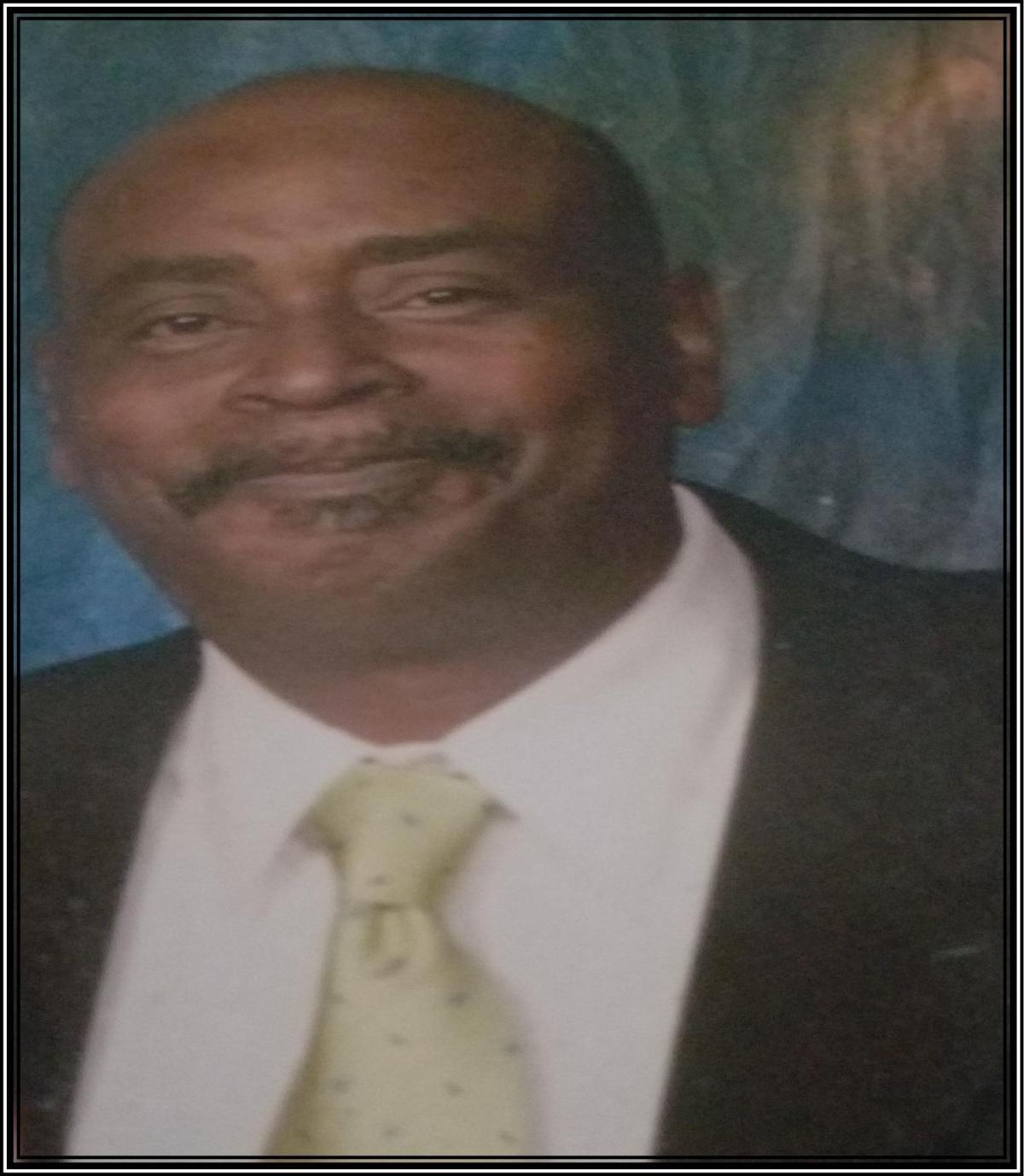 Robert L. Phillips, Jr. (Bobby)