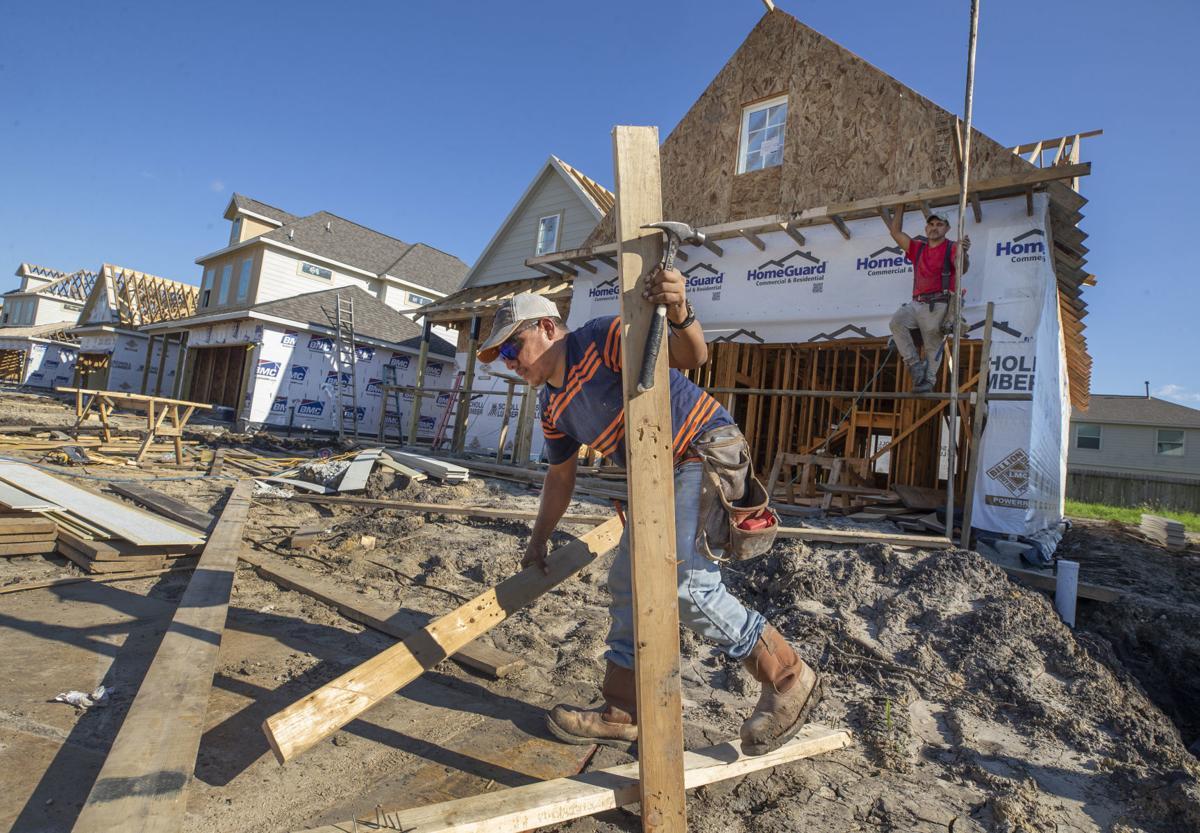 Biz-Buzz-Bay Colony Pointe West Construction