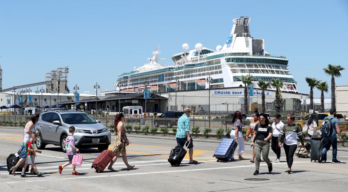 Cruise traffic