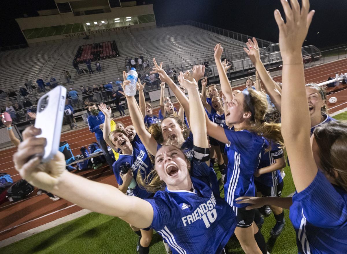 Friendswood vs Magnolia Girls Playoff Soccer