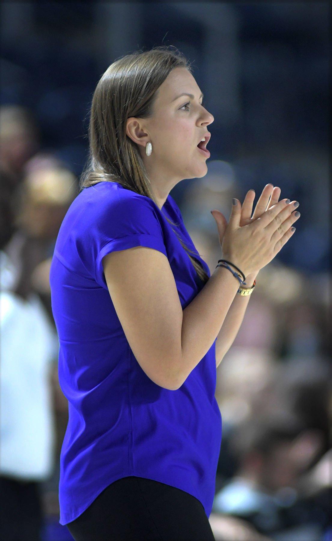 head coach sarah leguenec - HD1105×1800