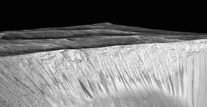 NASA researchers say there's evidence of water flows on Mars