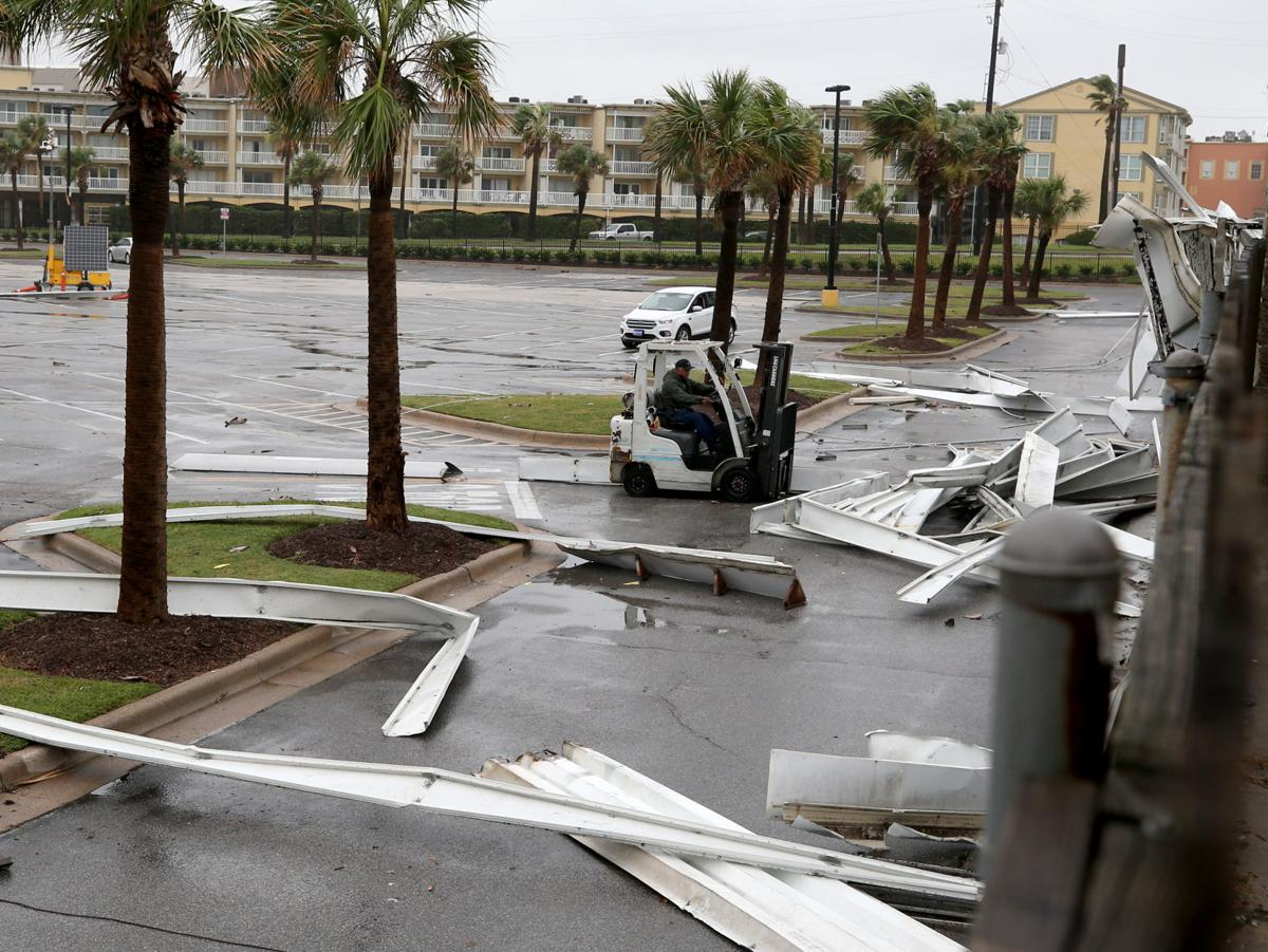 Island begins cleaning up damage from Hurricane Nicholas