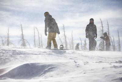 102920-news-skiing-dg 09.jpg (copy)