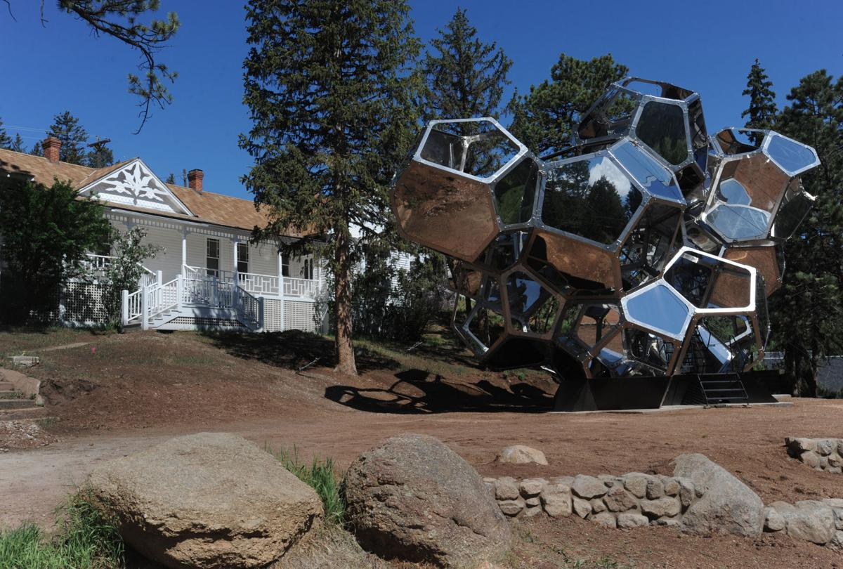 "Green Mountain Falls hosts Green Box Arts Festival and ""Cloud City"" exhibit"