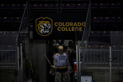 022621-s-cchockey 22.jpg
