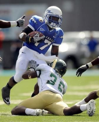 Air Force football could improve in 2011