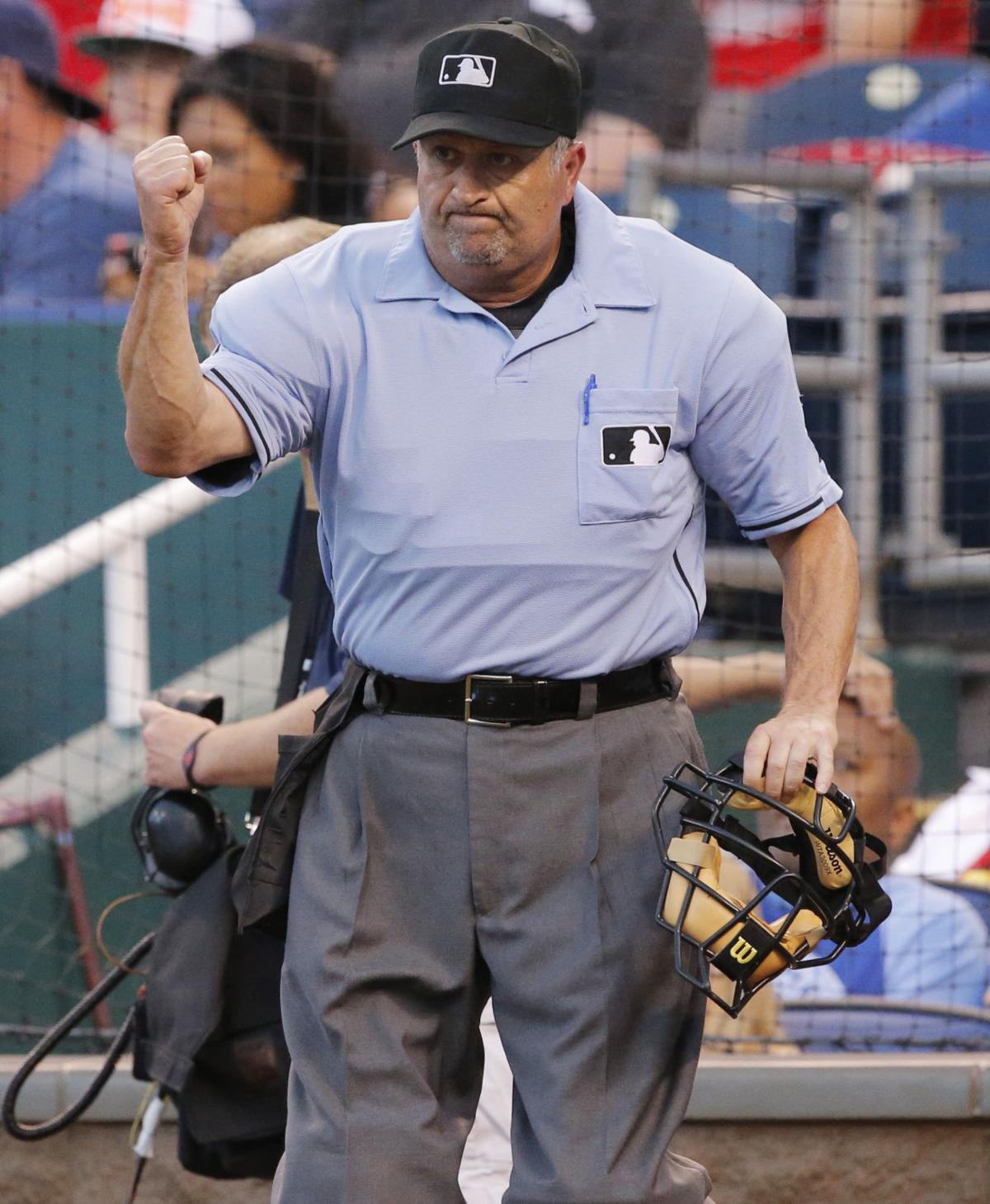 Major League Baseball umpire comes out as gay  3694775623d