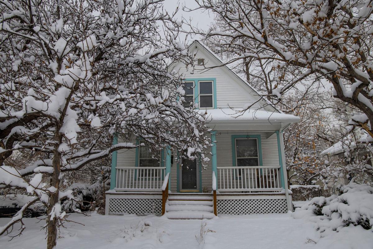snowyhouse 01.jpg