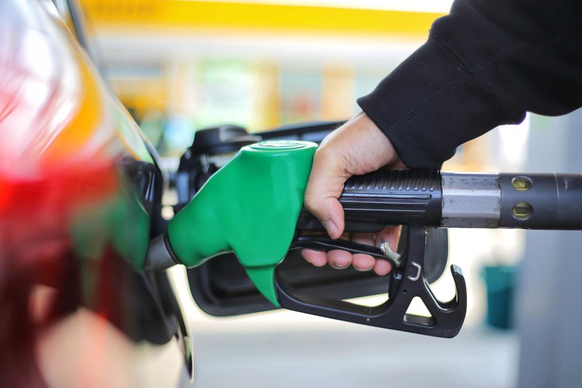GAS PRICE PHOTO 1 (copy)