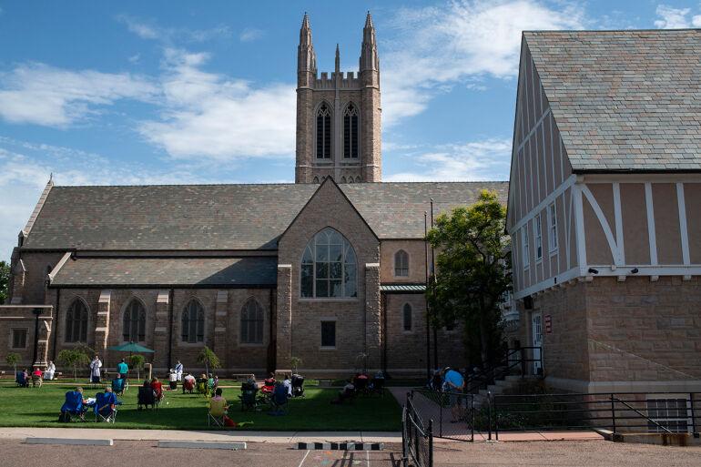 Outdoor church services