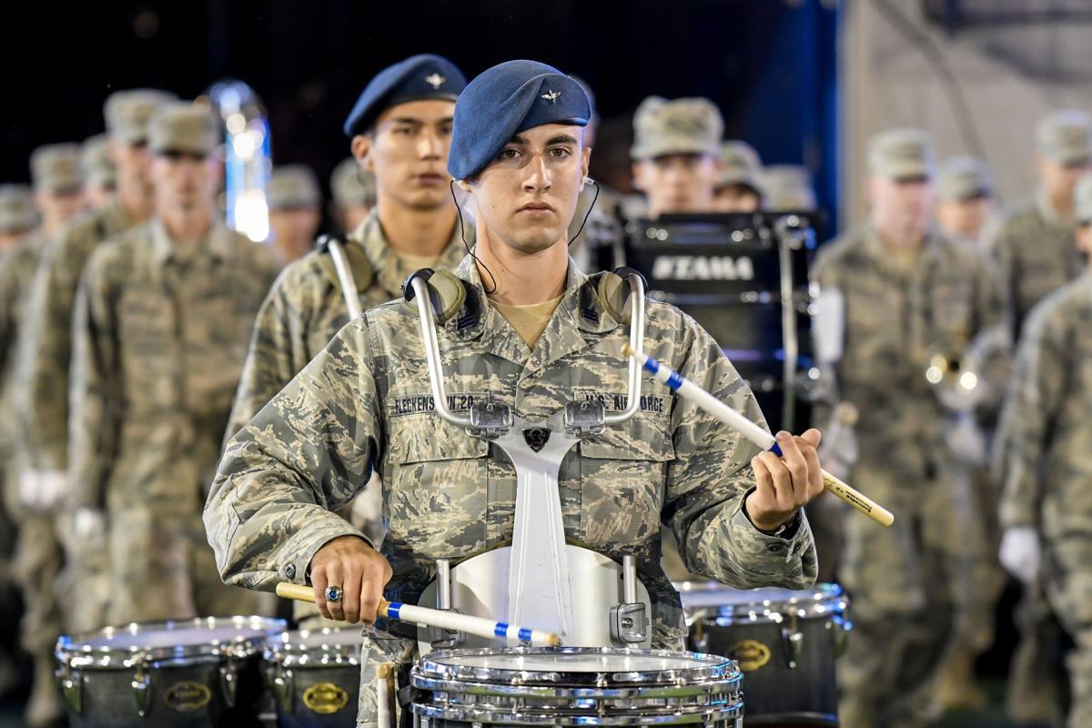 Air Force dominates Utah State