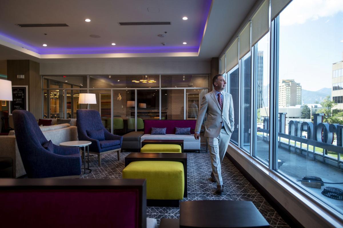 091919-biz-hotel 02
