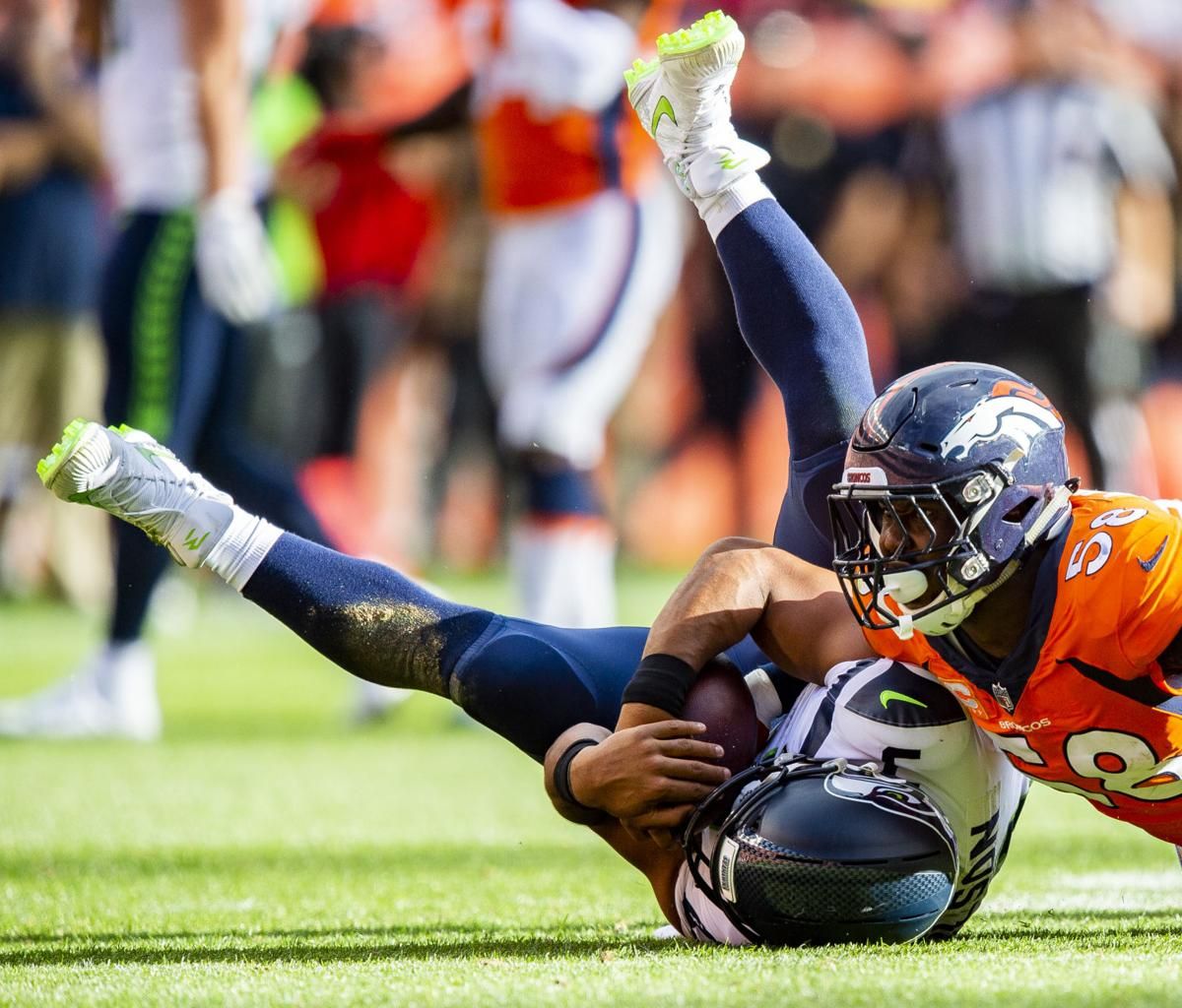 50eab6eb090 Woody Paige: Broncos' Texas duo troubles Seahawks | Sports Coverage ...