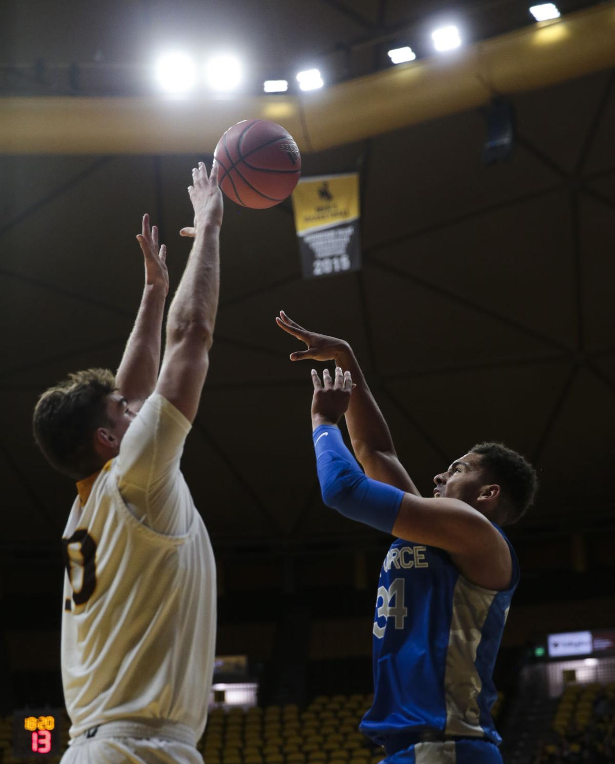 20191205-spts-WyoAFBBall-ns-16.JPG