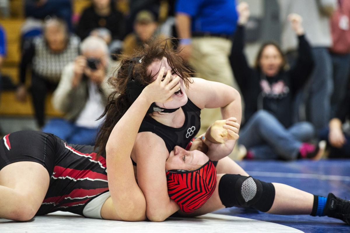 021019-s-girls-wrestling 5.jpg