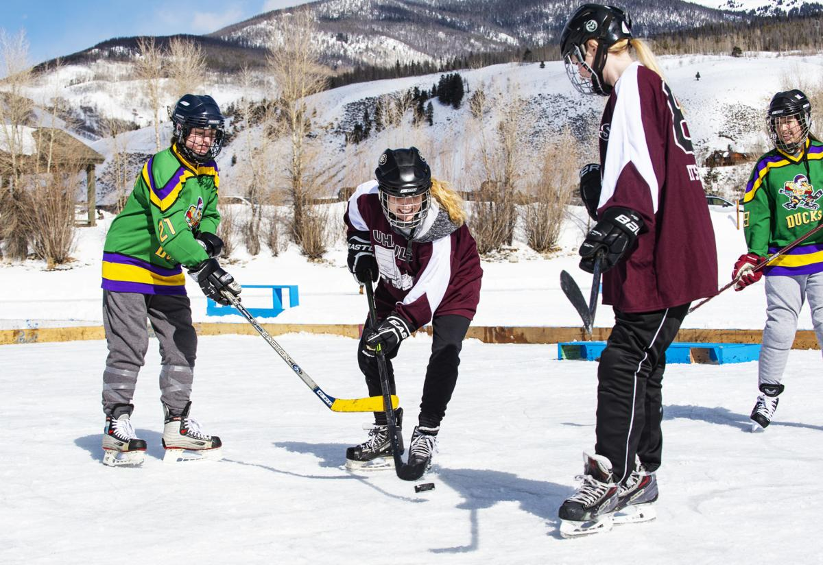 021719-news-pond-hockey-1.jpg