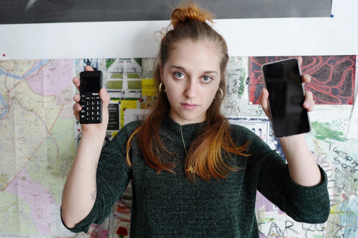 tech-minimal phones