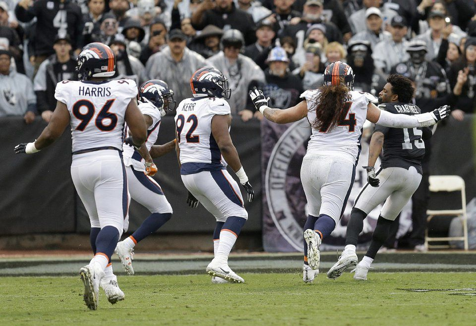 Broncos Raiders Football