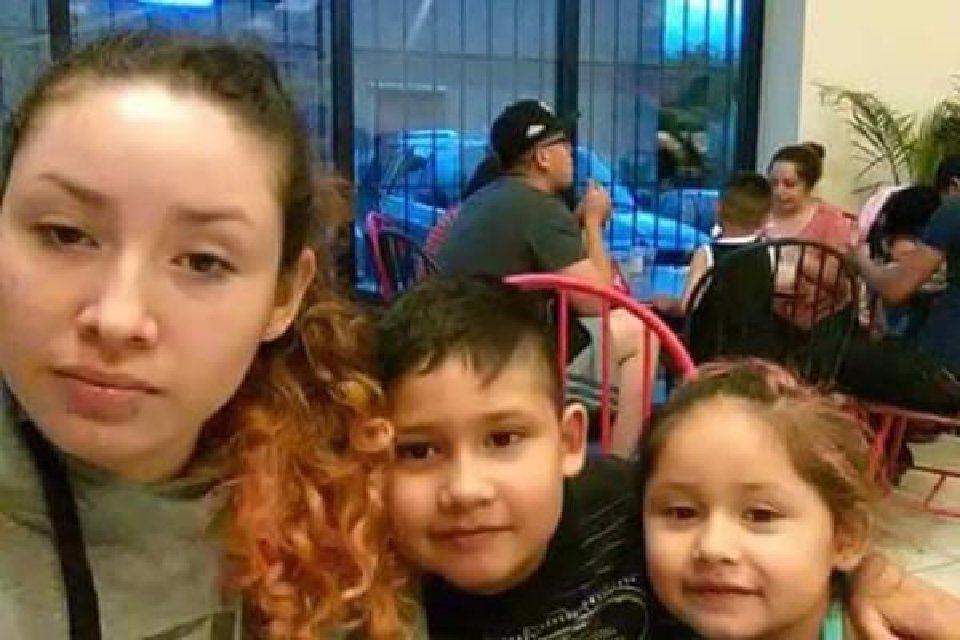 Lucero Badillo Castillo and her children Rodolfo and Laela