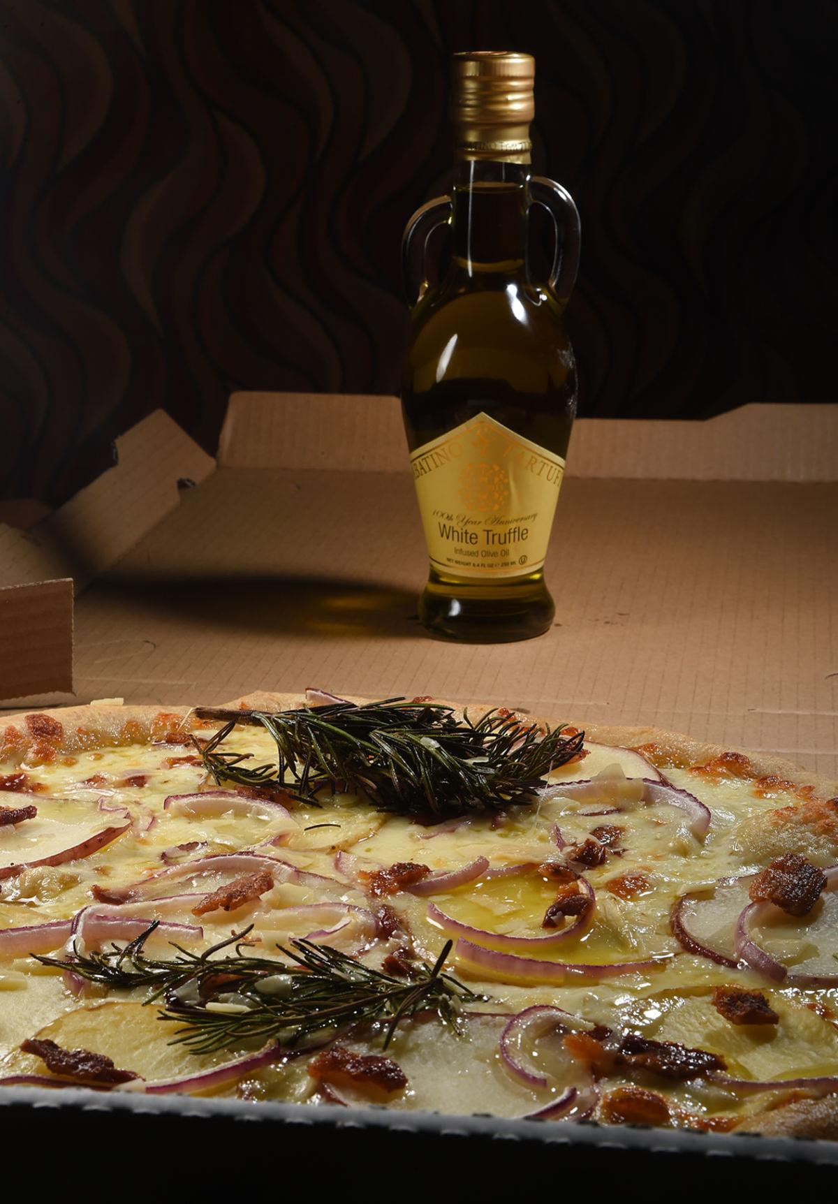 Take a tasty pie to go from Monument\'s Papa Bear Pizza | Dining ...
