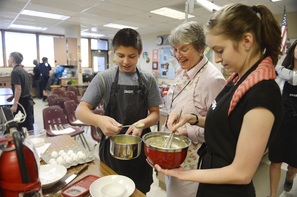 Colorado Springs middle school teacher inspires students in her World Culture and Cuisine classes