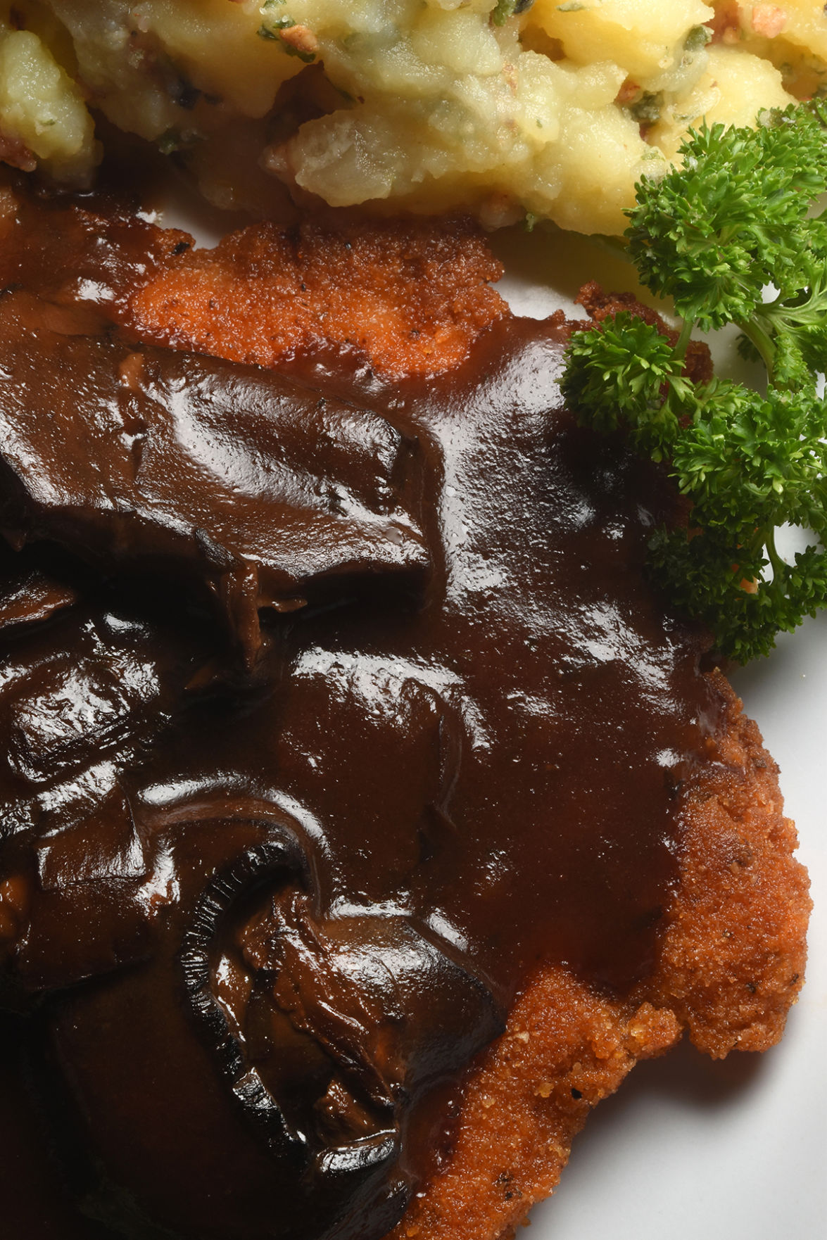 Dining Review: Schnitzel Fritz boasts German cooking and desserts