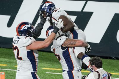 Broncos top winless Jets 37-28 for first victory of season