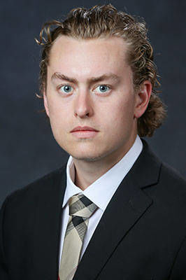 NHL draft pick transfers from North Dakota to Colorado College