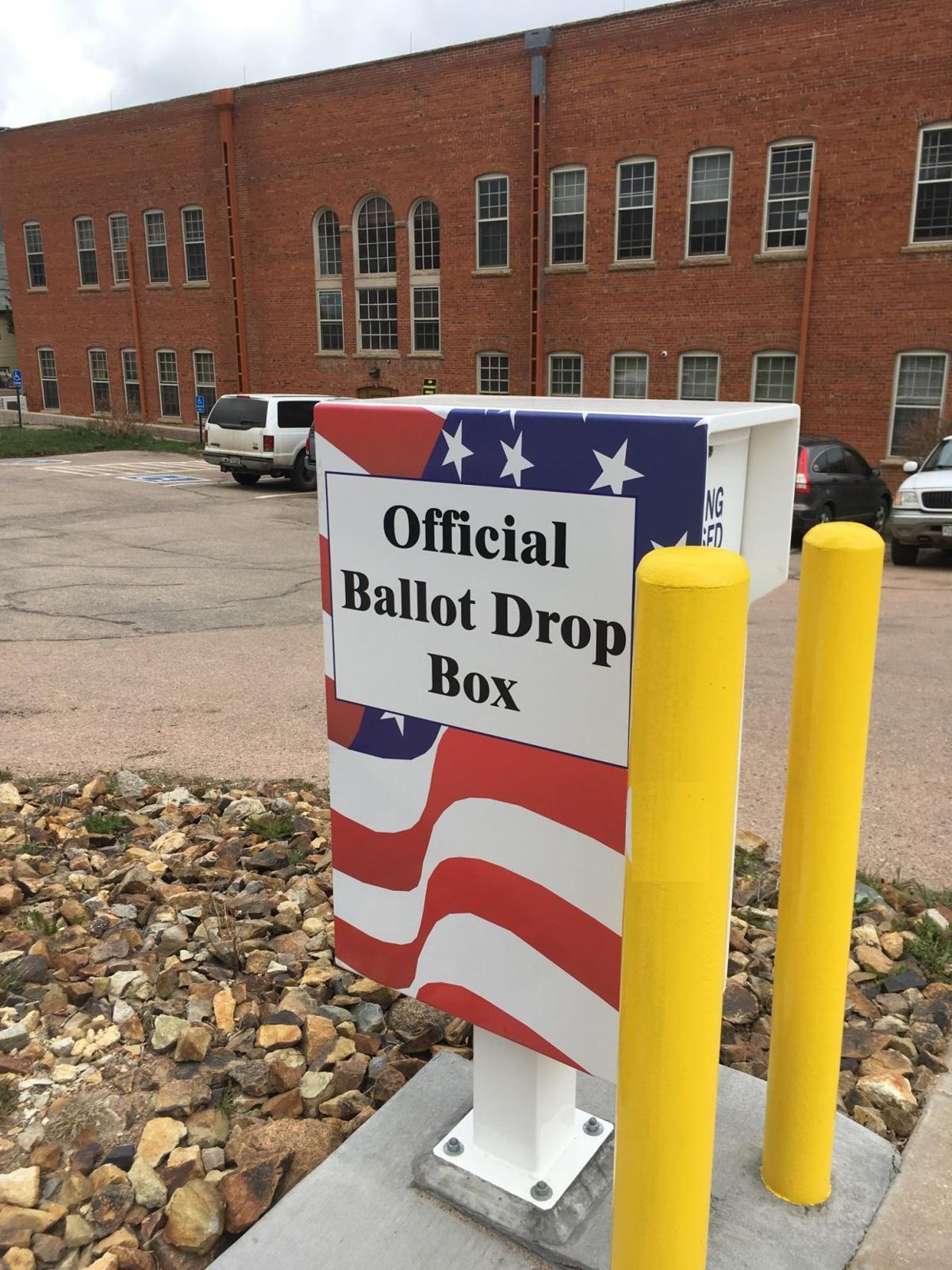 Drop box at Cripple Creek courthouse