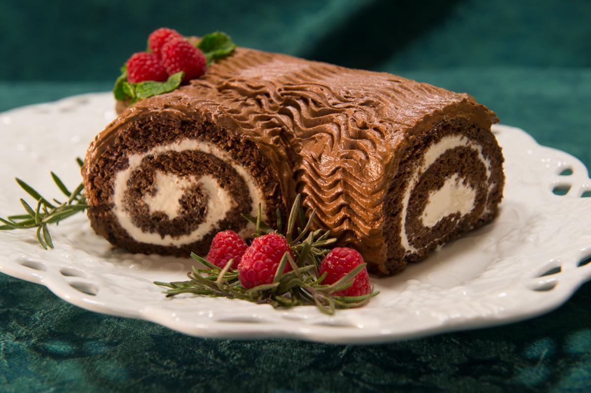 Colorado Springs bakers make impressive Yule logs