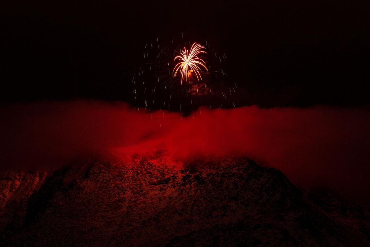 010121-news-fireworks 01.jpg