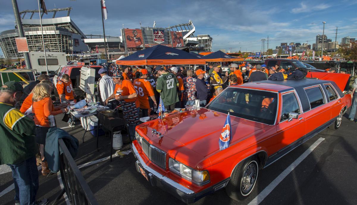Colorado Springs Broncos Fans Continue Epic Tailgating