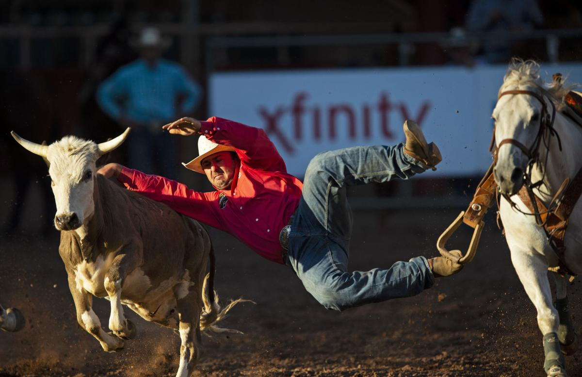 071119-sports-rodeo-day-one10.JPG
