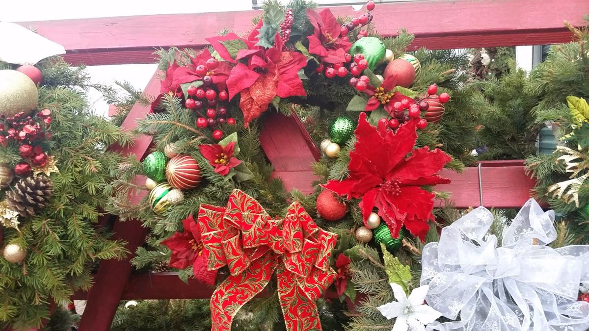 Find the perfect holiday wreath and centerpiece