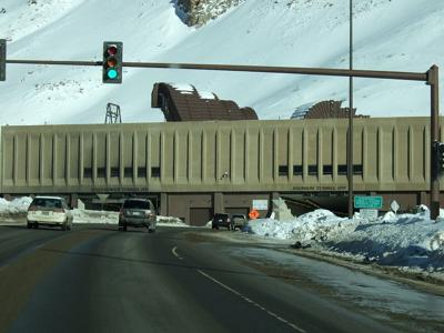 Eisenhower Tunnel Hustvedt (Wikimedia Commons)